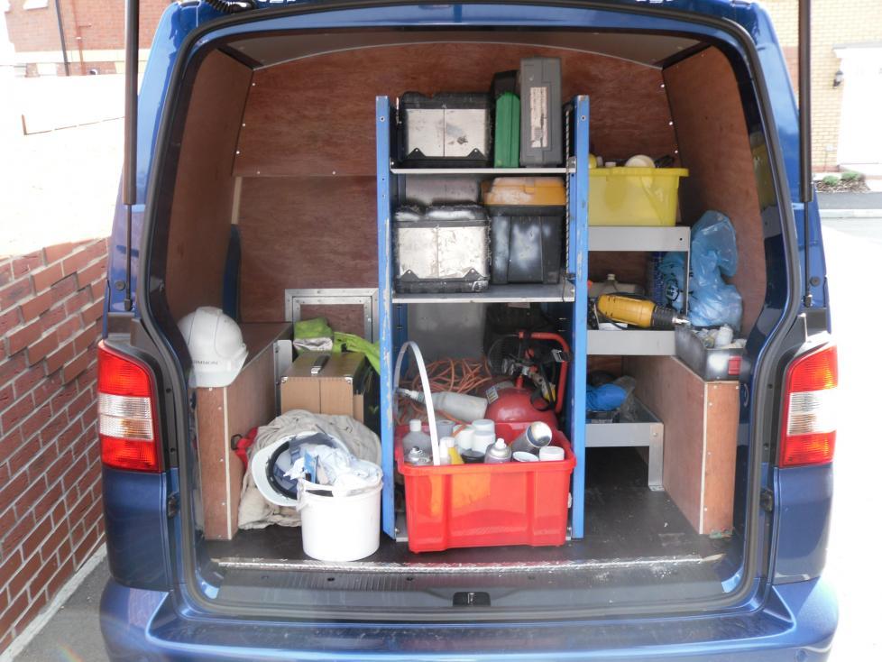 i 39 m after ideas for storage load ideas in rear of van. Black Bedroom Furniture Sets. Home Design Ideas