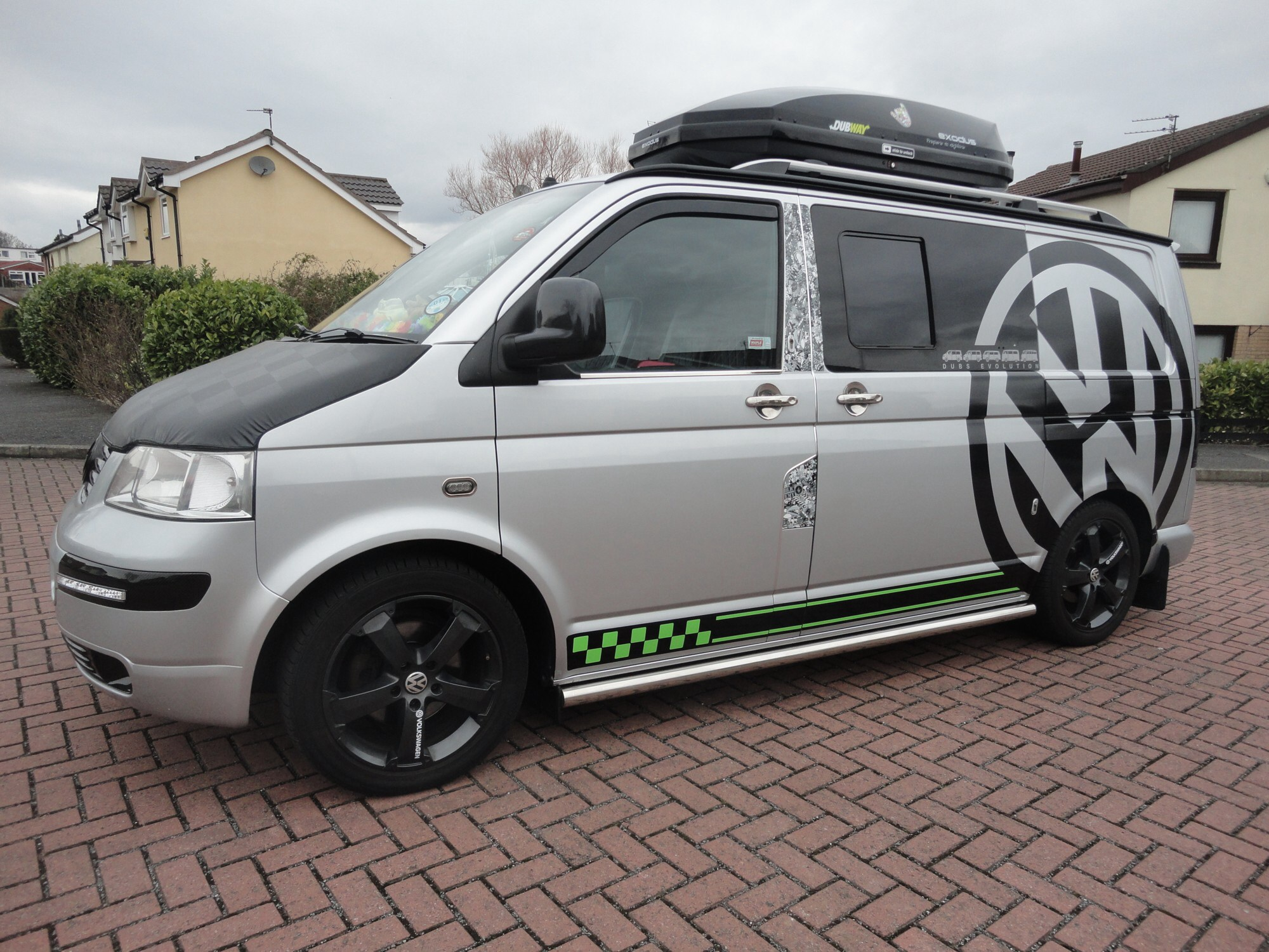 Roof Bars And Top Box For Sale Vw T4 Forum Vw T5 Forum