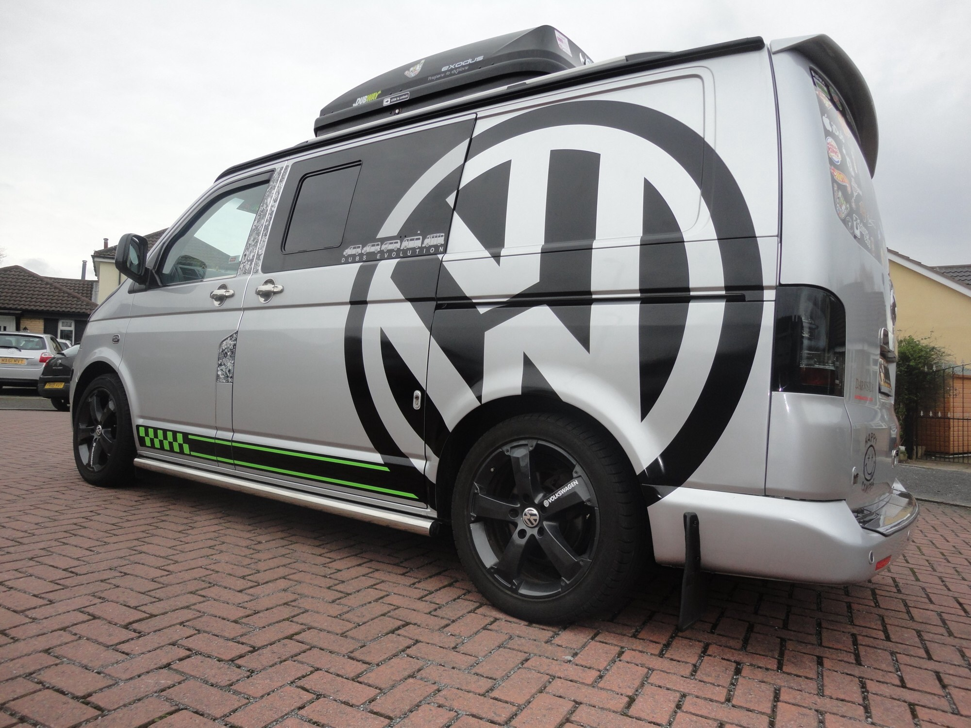 Ill first that for vince as he did ours 2 months back hes a top bloke but thinking im gonna have to change ours now dont like too many vans the