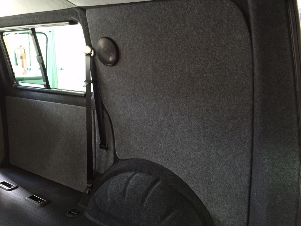 add rear speakers vw t4 forum vw t5 forum. Black Bedroom Furniture Sets. Home Design Ideas