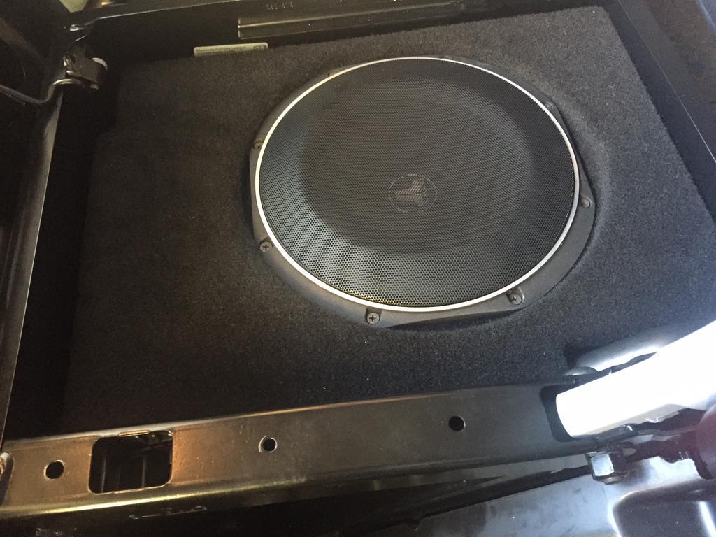 t5 speaker upgrade vw t4 forum vw t5 forum. Black Bedroom Furniture Sets. Home Design Ideas