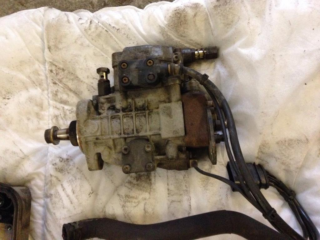 T4 2 5 tdi blue I , diesel pump , auxillary water pump