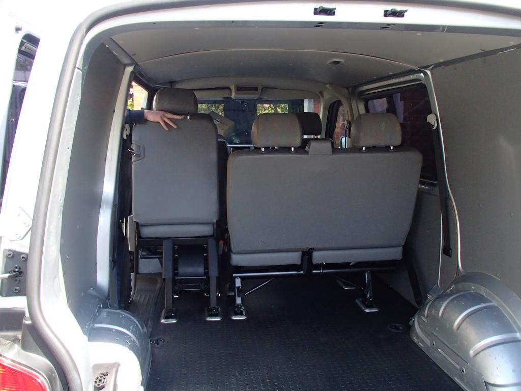 kombi twin single removable seats cushion flooring ceiling panels lights vw t4 forum vw. Black Bedroom Furniture Sets. Home Design Ideas